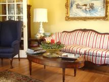 The formal parlour at Cheesecake Farms